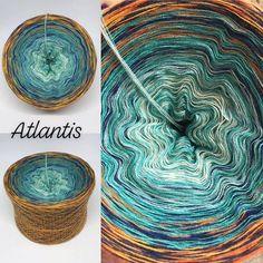 Softies, Yarn Colors, Colours, Yarn Cake, Yarn Inspiration, Hand Dyed Yarn, Atlantis, Color Combinations, Lana