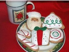 Play food Christmas cookies set of 5 Perfect for Play kitchens. My mother started a tradition of baking cookies with her grandkids many many years ago and still does it every year with her now grown g