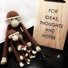 Strikkefåret: Hæklet stor abe med opskrift Crochet Books, Knit Crochet, Savanna Animals, Crochet Projects, Knitting Patterns, Diy And Crafts, Creative, Inspiration, Mini Mini
