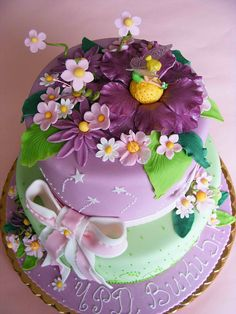 love the stars and the big flower. Tinkerbell cake for Viki   Flickr - Photo Sharing!