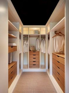 49 Creative Closet Designs Ideas For Your Home. Unique closet design ideas will definitely help you utilize your closet space appropriately. An ideal closet design is probably the only avenue . Walk In Closet Design, Closet Designs, Small Walk In Wardrobe, Open Wardrobe, Small Walking Closet, White Wardrobe, Perfect Wardrobe, Walking Wardrobe Ideas, Walk In Robe Designs