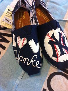 Custom Hand Painted Yankees Toms by BekasBargains on Etsy, $110.00