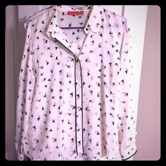 Blouse Elle Bird Blouse. Cream with black and light pink bird pattern. Size Large. Button closure Elle Tops Button Down Shirts