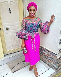 4 Factors to Consider when Shopping for African Fashion – Designer Fashion Tips African Dresses For Kids, African Lace Dresses, Latest African Fashion Dresses, African Print Fashion, Ankara Tops, African Blouses, African Traditional Dresses, African Attire, Trousers
