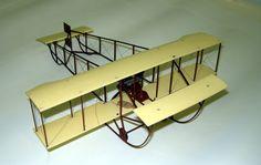 Avion biplan Sommer 1911 Modèle réduit Maurepas © L'Adresse Musée de La Poste / La Poste, DR