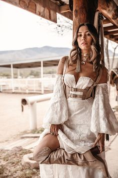 Rue de Seine Moonrise Canyon has landed at Lovely Bride. Book a trunk show appointment to try on the new collection of boho wedding dresses Boho Outfits, Cute Outfits, Fashion Outfits, Fashion Ideas, Boho Wedding Dress, Boho Dress, Wedding Hijab, Wedding Dresses, Hippie Style
