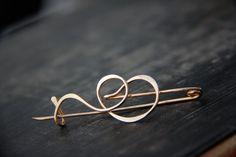 Modern minimalist abstract brushstroke shawl pin от Keepandcherish