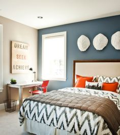 Ashley I Think Something Like This 3 Walls 1 Color And 1 Wall A Different Color New House Pinterest Accents Wall Colors And Bedroom Decor