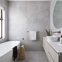Grange Road, Airport West developed by Meir Australia Pty Ltd. Find all you need to know about Grange Road, Airport West products and more from Bookmarc. Bathroom Red, Bathroom Inspo, Bathroom Inspiration, Modern Bathroom, Bathroom Wallpaper, Bathroom Interior Design, Home Interior, Bathroom Designs, Cheap Bathrooms