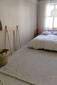 Matoilla lisätilaa kotiin ja Joanna Laajisto Q&A - Musla Rugs, Bed, Interior, Furniture, Home Decor, Farmhouse Rugs, Stream Bed, Indoor, Interiors