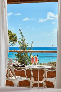 Re Room, Small Luxury Hotels, Welcome Drink, Luxury Services, Sardinia, 5 Star Hotels, Wonderful Time, Villa
