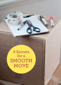 Living Well: 6 Secrets For a Smooth Move ⋆ Design Mom Moving Home, Moving Day, Moving Tips, Moving Organisation, Organization Hacks, Organizing For A Move, Move On Up, Big Move, Packing To Move