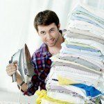 Portrait of cheerful man with an iron and heap of linen Love Home, Diy And Crafts, Cleaning, Tips, Iron, Portrait, Diy Cleaners, Clean House, House Cleaners