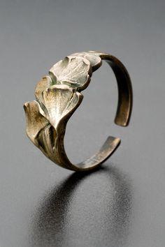 Prsten | Franta Anýz | 1910 | Www.Esbirky.Cz | CC0 Baroque, Famous Art, Art Nouveau Jewelry, Tortoise Shell, Chokers, Silver Rings, Jewels, Sculpture, Antiques