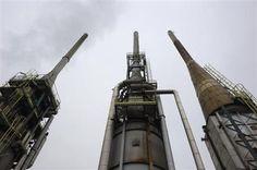 Deux offres recevables pour la reprise de Petroplus - http://www.andlil.com/deux-offres-recevables-pour-la-reprise-de-petroplus-107155.html