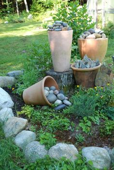 75 Stunning Front Yard Rock Garden Landscaping Ideas - Home Decor & Decorative Accents for Every Room Rock Garden Design, Rock Garden Plants, Garden Landscape Design, Rock Garden Art, Landscaping With Rocks, Front Yard Landscaping, Landscaping Ideas, Backyard Ideas, Rock Collection