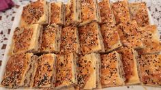 NURSELİN MUTFAĞI TANDIR BÖREĞİ TARİFİ 22.10.2015 Banana Bread, Desserts, Food, Buns, Pastries, Yum Yum, Breads, Pizza, Tv