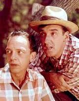 """Don Knotts as Barney Fife & Jim Nabors as Gomer Pyle of """"The Andy Griffith Show"""" Jim Nabors, The Backlot, Barney Fife, Don Knotts, Tv Icon, The Andy Griffith Show, Childhood Tv Shows, Comedy Tv, Funny People"""