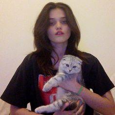 Sky Ferreira w/ her cat
