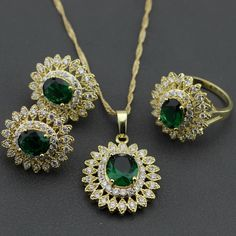You will be ready to shine brightly for your occasion with charming emerald jewelry collection Gold Earrings Designs, Gold Jewellery Design, Necklace Designs, Emerald Jewelry, Turquoise Jewelry, Rajputi Jewellery, Gold Jewelry Simple, Silver Engagement Rings, Antique Earrings