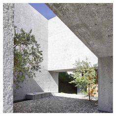 Snake Ranch | styletaboo:   Wespi de Meuron Romeo Architects -...