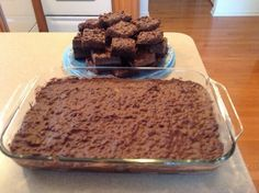 Brownie Rice Krispie Surprise Is a brownie base with with melted caramel and chocolate topped with a peanut butter and semisweet chocolate mixture. Rice Krispie Bars, Krispie Treats, Rice Krispies, Just Desserts, Delicious Desserts, Dessert Recipes, Mini Desserts, Dessert Ideas, Cake Recipes