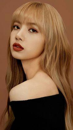I'd always bend the knee for you bby girl Lisa Blackpink Wallpaper, Black Pink Kpop, Blackpink Photos, Blackpink Fashion, Blackpink Lisa, Korean Beauty, K Pop, Kpop Girls, Korean Girl
