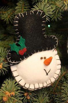 Felt snowman ornament Whine, Dine and Design: Timeless Felt Christmas Ornaments Snowman Christmas Decorations, Christmas Ornaments To Make, Felt Decorations, Christmas Sewing, Felt Ornaments, Christmas Snowman, Felt Crafts, Handmade Christmas, Holiday Crafts