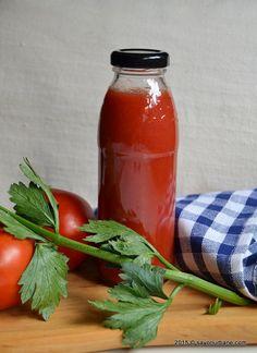 Bulion de rosii reteta mamei mele Savori Urbane (6) Tasty, Yummy Food, Ketchup, Hot Sauce Bottles, Pickles, Vegetarian Recipes, Keto, Stuffed Peppers, Urban