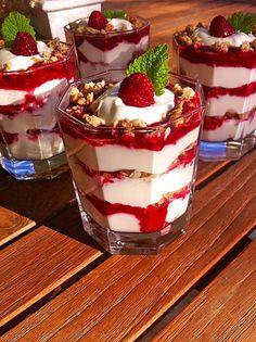 Himbeer-Joghurt-Knusper-Traum, ein leckeres Rezept aus der Kategorie Frucht. Bewertungen: 5. Durchschnitt: Ø 4,1.