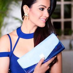 These Sexy Pictures of Anita Hassanandani Will Keep You Up All Night. Shagun Blouse Designs, Saree Blouse Designs, Saree Jacket Designs Latest, Blouse Neck, Sexy Blouse, Saree Styles, Blouse Styles, House Of Blouse, Saree Jackets