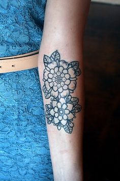 #floral #tattoo These are pretty flowers!