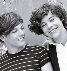 Louis and Harry Louis Tomlinsom, Louis And Harry, Larry Stylinson, Larry Shippers, Harry 1d, One Direction Harry Styles, Matthew Gray Gubler, Louis Williams, Best Couple