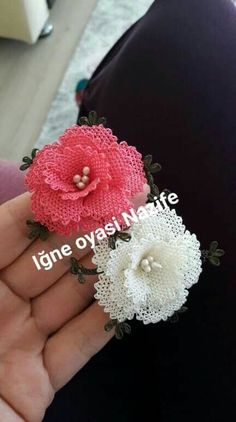 Rose Embroidery, Embroidery Patterns, Stitch Patterns, Knitting Patterns, Crochet Patterns, Diy Flowers, Crochet Flowers, Moss Stitch, Needle Lace