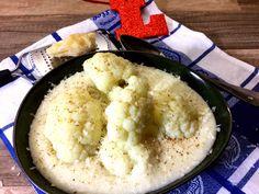 Blumenkohlsuppe mit Topinambur, Parmesan und Frischkäse - eine leckere Suppe mit Blumenkohl, Topinambur und ungesüßter Mandelmilch. Gesund Abnehmen