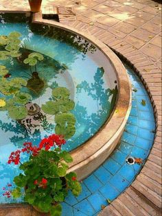 """Most old houses in Iran have a """"hooz che"""". The importance of the water element in Iranian architecture."""