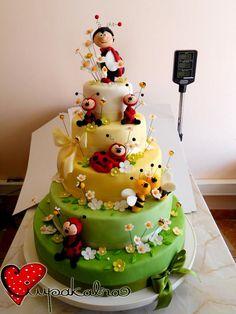 laby bug cake nspiration,ciupakabra cakes