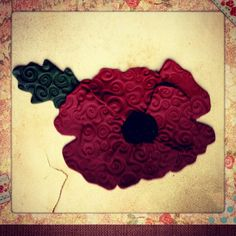 Polymer Clay Poppy Flower. A Remembrance Day craft to make fimo poppies.