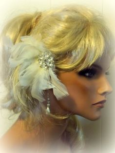 Wedding Feather Bridal Hair Fascinator Feather by kathyjohnson3