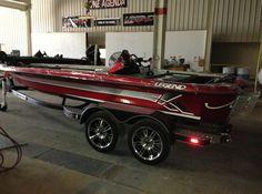 Bass Fishing Boats, Bass Boat, Flat Bottom Boats, Anna Banana, Bowfishing, Power Boats, Jet Ski, Boating, Antique Cars