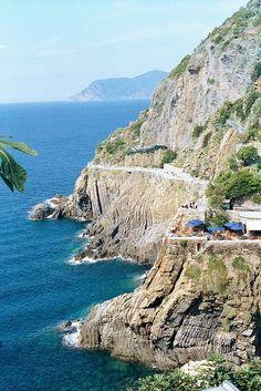 Cinque Terre, İtalya 5 kasabaları birbirine bağlayan yürüyüş parkuru.