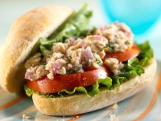 No-Mayo Tuna Salad http://www.prevention.com/food/cook/25-things-you-can-do-with-yogurt/slide/26