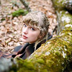 Taylor Swift New, Taylor Swift Songs, Swift 3, Red Taylor, Taylor Swift Pictures, Katy Perry, Taylor Swift Photoshoot, We Heart It, Taylor Swift Wallpaper