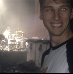 Kells about to so on stage with blink 182! He was so fucking happy!