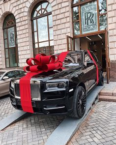 Choose Your Dream Car. Luxury, Sport Or Vintage. My Dream Car, Dream Cars, Rolls Royce Cullinan, Car Goals, Fancy Cars, Luxury Suv, Sport Cars, Luxury Lifestyle, Antique Cars
