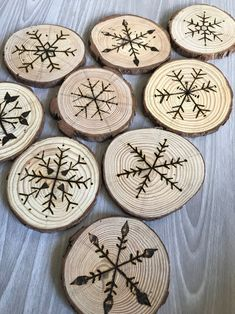 shop: Wood Coasters * Wood Slices * Hand Crafted Coasters * Snowflake Coasters * Wood Burning Art * Natural Wood * Perfect Holiday Gift * Pine Excited to share the latest addition to my Wood Slice Crafts, Wood Burning Crafts, Wood Burning Patterns, Wood Burning Art, Wood Burning Projects, Wood Projects, Christmas Wood Crafts, Diy Christmas Ornaments, Xmas
