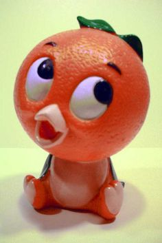 Florida Orange Bird Plastic Bank The Florida Orange Bird was designed by the Walt Disney Company. Num~o orange twirly goodness. Vintage Florida, Old Florida, Tampa Florida, Orange Bird, Orange Color, 90s Childhood, Childhood Memories, Florida Oranges, Florida Girl