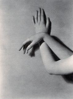 Lisa's Arms - Mortimer Offner, 1924