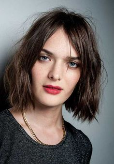 Want to know the must have spring summer hair trends for Look no further as we give you the hair trends fresh of the catwalk. 2015 Hairstyles, Spring Hairstyles, Newest Hairstyles, Chanel Long Bob, Bob Hair, Tousled Bob, Mia Wallace, Topshop Unique, Healthy People 2020 Goals