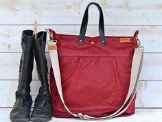 BORDEAUX  WAXED CANVAS Messenger bag / Tote / Diaper bag / Leather straps / Men messenger / Travel bag / Diaper bag